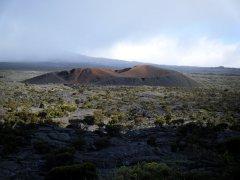 Randonnée volcan au Piton de la Fournaise pour s'émerveiller sur les pentes du plus grand volcan en activité de l'Océan Indien.